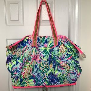 Lilly Pulitzer 🌺 Getaway Packable Tote Beckon Blu